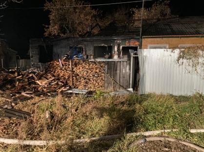 Фото с осмотра места происшествия предоставлено СУ СКР по Курганской области